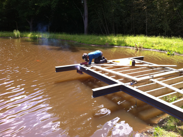 Building a suspended jetty on a private lake in London