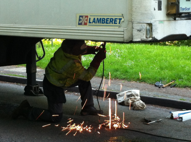 Road side trailer breakdown callout welding repairs